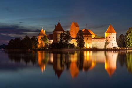 리투아니아의 트라 카이 섬 성 에디토리얼
