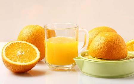 juice squeezer: Orange juice squeezer
