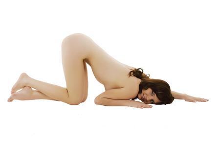 girls naked: Обнаженная девушка. Изолированные на белом фоне.