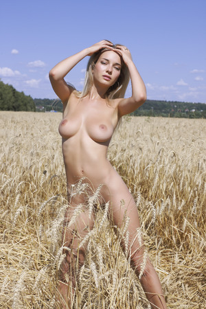 nude nature: Portrait of a nude young woman in the nature.