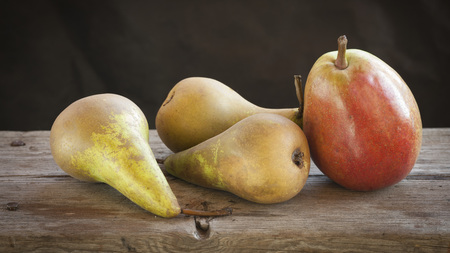 A few fresh pears