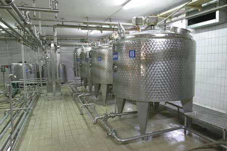 stainless steel temperature controlled pressure tanks in factory photo