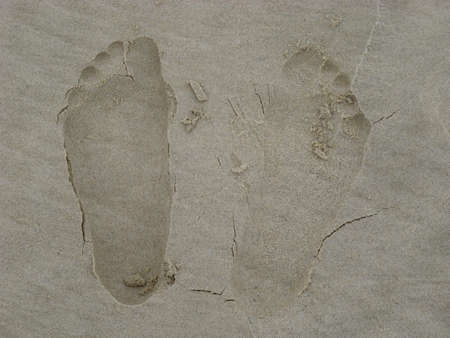 1 person: Footprints in the sand - 1 person