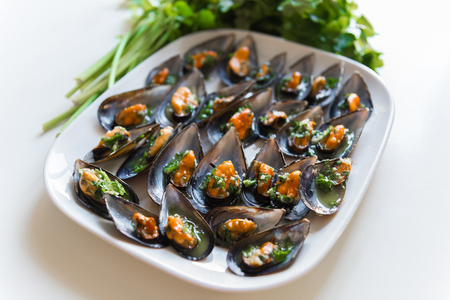 black mussels with garlic and parsley