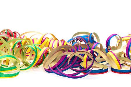 serpentinas: serpentinas de colores, para la decoración del partido o como una tarjeta de invitación Foto de archivo