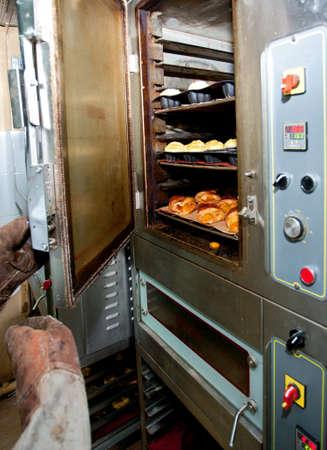 パン、ケーキ、パンを焼くオーブン
