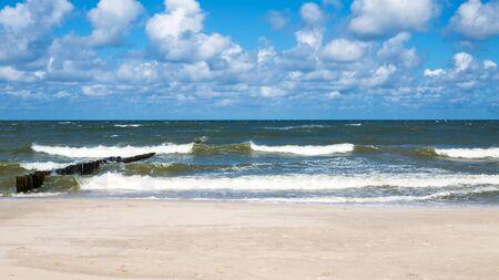 groynes: Sunny day at the beach on the Baltic Sea