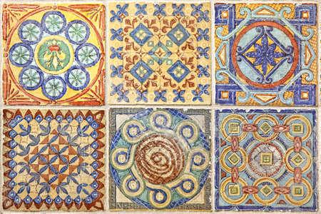 ceramiki: Kolorowy zestaw ozdobnych płytek z Portugalii Zdjęcie Seryjne