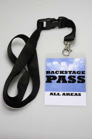 by passes: Para el �rea del escenario s�lo obtienes un pase de backstage de acceso. Foto de archivo