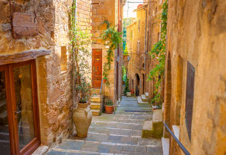 Beautiful street in a medieval town in Tuscany. Pitigliano. Italy Imagens
