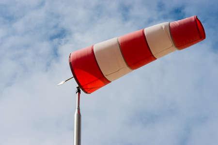 windzak om aan te geven de richting deze factoren op de wind