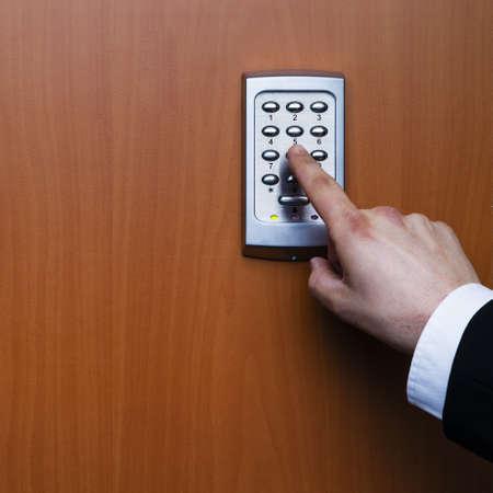 elektronisch sleutelsysteem te vergrendelen en ontgrendelen deuren