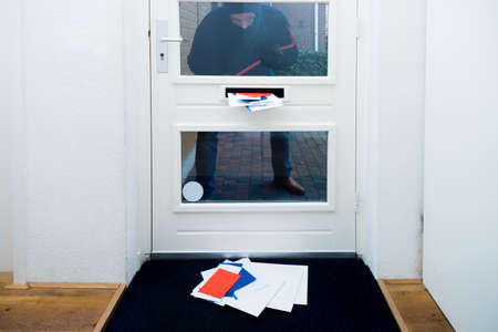 unattended: Burglar looking for unattended homes during the holiday season