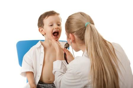 stethoscope boy: Medical examination 3-4 years boy. Caucasian child,  female nurse with stethoscope.
