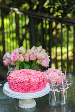 birthday flowers: Cake and party table outdoor  Sweet buffet  Candy bar Stock Photo