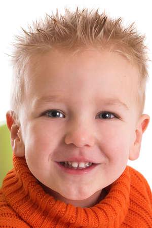 old year: Due anni ragazzo con un sorriso felice  Archivio Fotografico