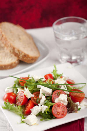 arugola: Delicious salad with feta and tomatoes for lunch