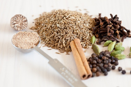 Dried whole spices used a lot in Indian cooking Stock Photo - 11112698