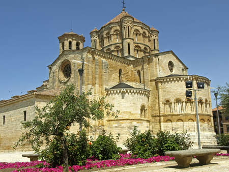 zamora: Toro  Zamora  old church