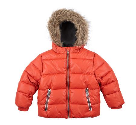 warme Daunenjacke, rote Jacke der Kinder getrennt auf Weiß Standard-Bild