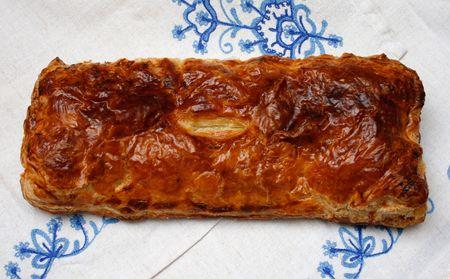 servilleta de papel: un pastel de hojaldre un ensayo sobre la servilleta bordada
