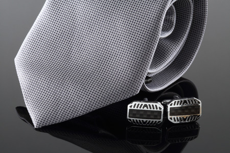 cuff links: Tie with cuff links