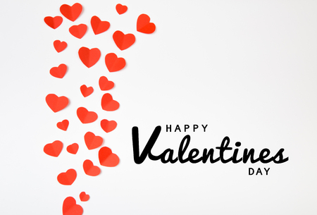 Valentine day background with red hearts, top view - Image Stockfoto