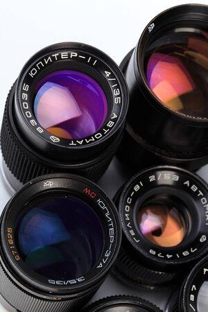 set van vintage cameralens geïsoleerd op een witte achtergrond