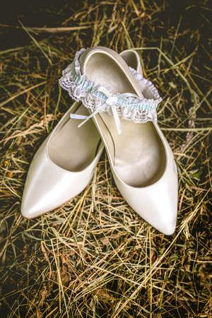 no heels: Wedding shoes on hay