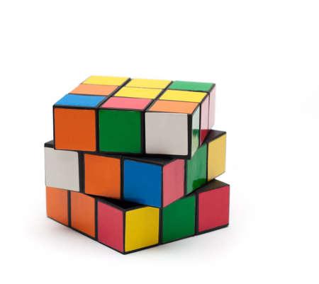 Un puzzle di cubo multicolore. Cubo di Rubik.  Archivio Fotografico - 6129595