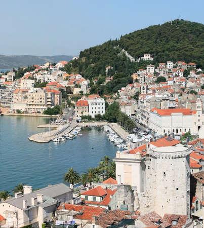 Kroatië - Split in Dalmatië Panorama van de oude stad daken