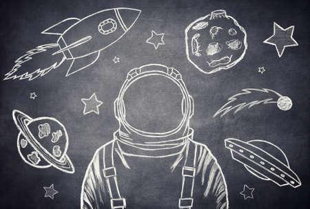 cohetes: Vaciar traje de astronauta sobre un fondo del espacio exterior