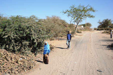 somalis: Somalis in the streets of the city of Hargeysa