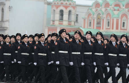 upbringing: The cadets of the Moscow cadet corps on parade