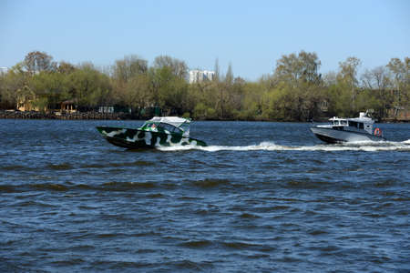 motor cop: Patrol boats on the river Moscow. Editorial