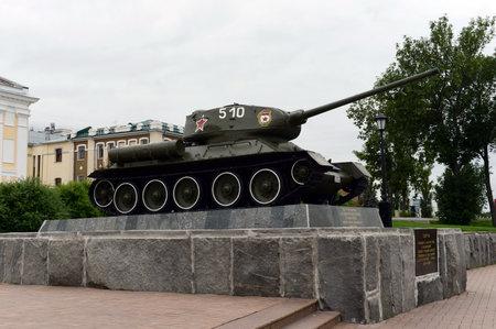 The monument to the T-34 tank in the Nizhny Novgorod Kremlin.