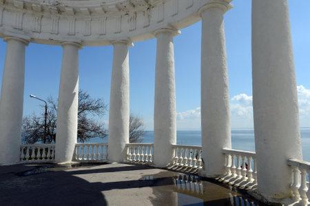 rotunda: Rotunda in the Seaside Park on the shore of the Tsimlyansk reservoir.