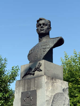 A bronze bust to the military pilot Pavel Plotnikov on Liberty Square in Barnaul.