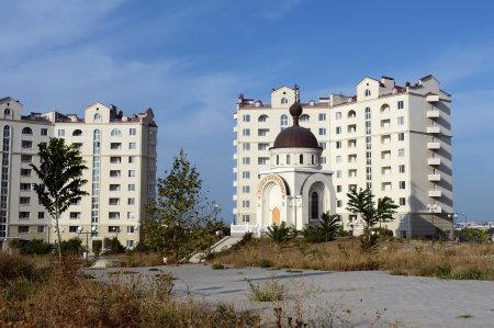 黒海沿岸のクリミア半島の南西部の都市。凍らない海の貿易港、工業、文化と歴史の中心。シティビュー セバスト ポール。 報道画像