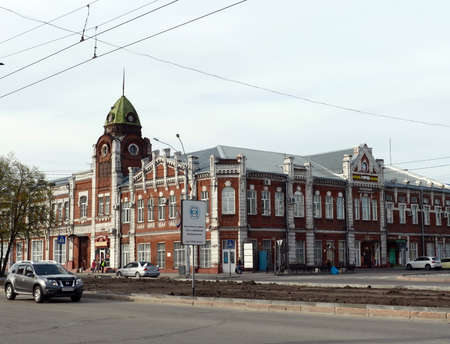 The building of the museum City at the intersection of Lenin Avenue and Leo Tolstoy Street in Barnaul. Former City Council building.