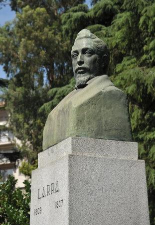 A bust of Mariano Jose de Larra in Madrid.
