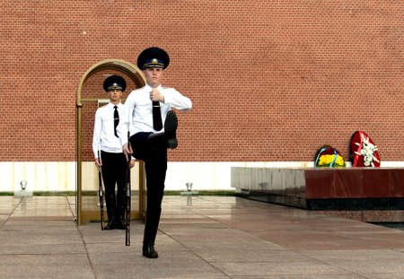 Change of guard of honor at the Tomb of the Unknown Soldier in the Alexander Garden of Moscow.