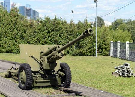 Artillery in Poklonnaya hill in Moscow Фото со стока