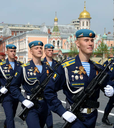 Soldiers Ryazan airborne command school. V.Margelova during the parade on Victory Day