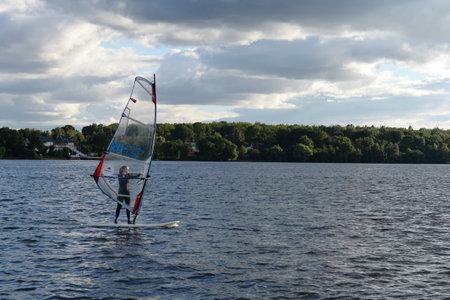 Windsurfing on the Klyazma reservoir in the Moscow region Redakční