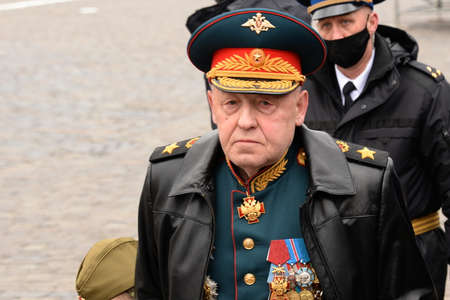 Army General Yuri Baluyevsky on Moscow's Red Square during the celebration of the 76th anniversary of the Victory Sajtókép