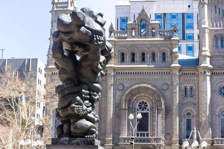 governement: Statue Government of the peple in the square of Philadelphia and old temple on the background