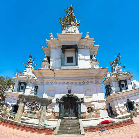 Ancient Buddhist white temple in the complex Pashupatinath Temple on a Sunny day, Nepal. Stock Photo - 106570646