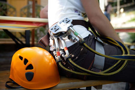 polea: profesional Artes con polea de casco y mosquet�n de escalada