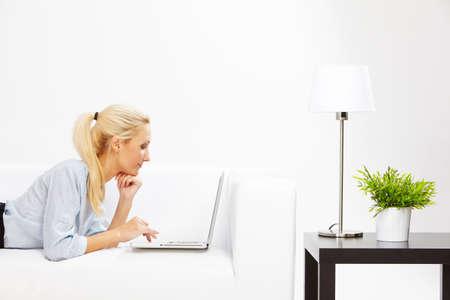 beautiful caucasian Business-Frau im Büro